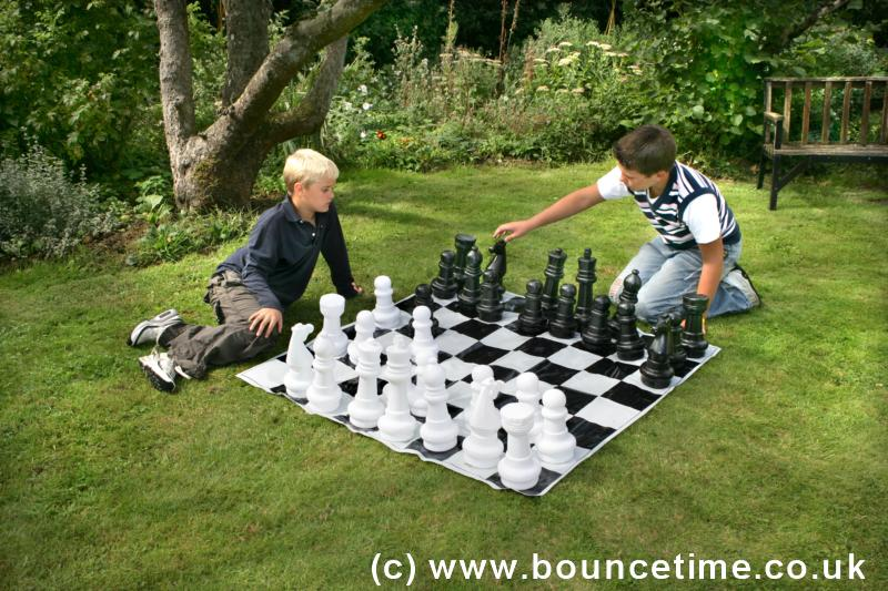 Giant Garden Chess - Standard Version